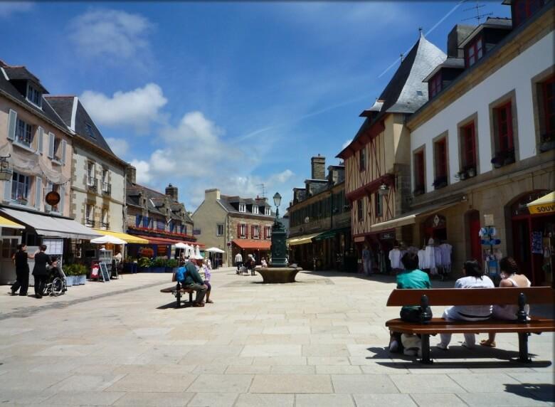 place saint guenole ville close concarneau