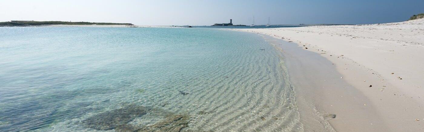 eaux turquoises plage de rêve sans décalage horaire