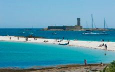îles glénan, plage de saint nicolas, fort cigogne en bretagne sud
