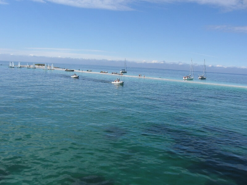 iles glenan lagon breton banc sable guiriden