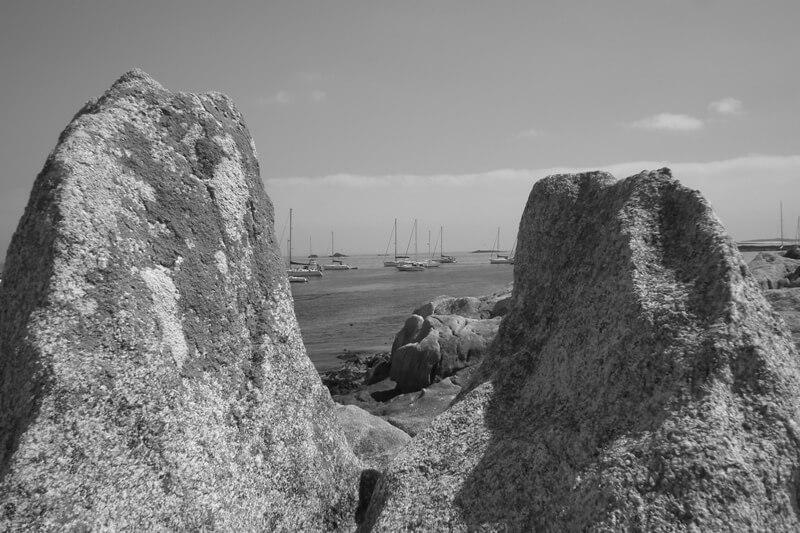 iles glenan vue rochers chambre bateaux mouillage