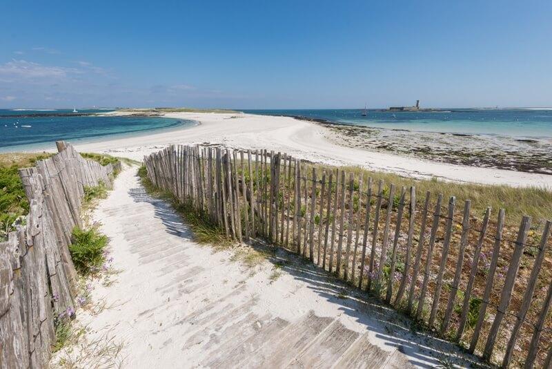 plage iles glenan chemin