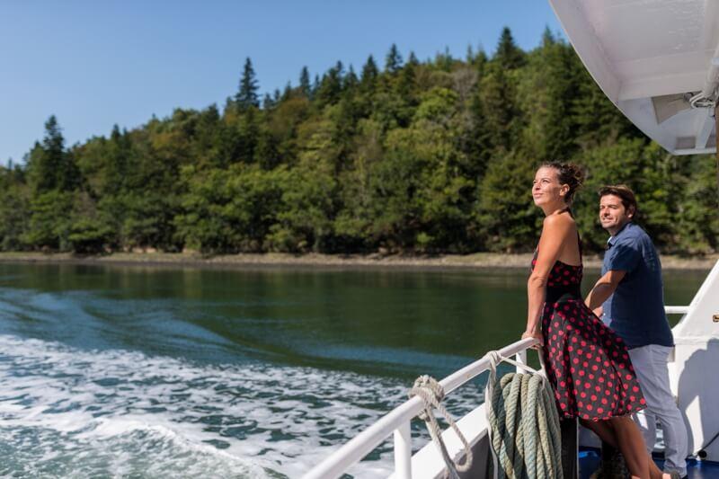 croisiere promenade commentee riviere odet vacances couple heureux bretagne