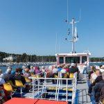 passagers pont superieur vedettes odet croisiere odet commentee port plaisance benodet