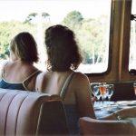 bateau restaurant passagers clients apéritif riviere odet