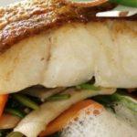 croisière Lagon dejeuner plat lieu jaune poisson bateau restaurant aigrette