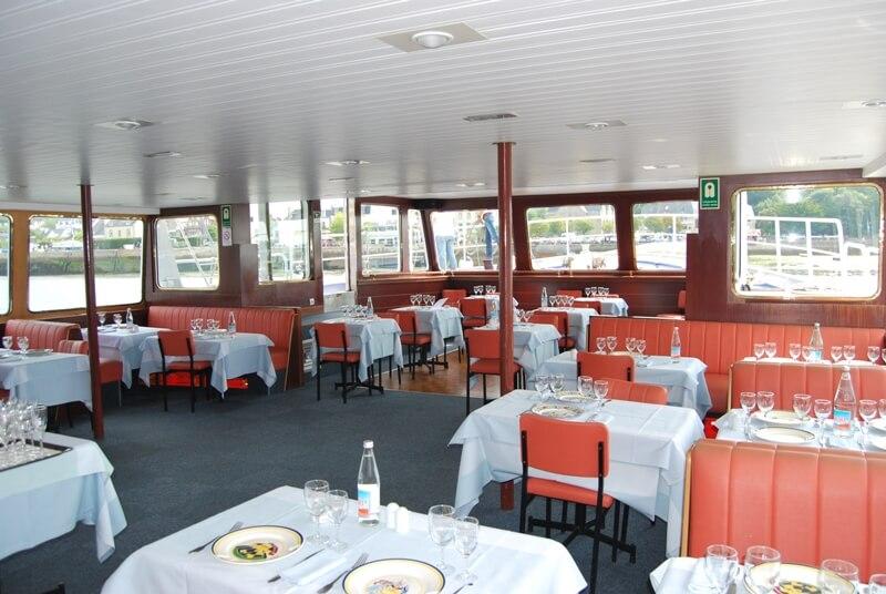 bateau restaurant aigrette salle croisière gourmande riviere odet